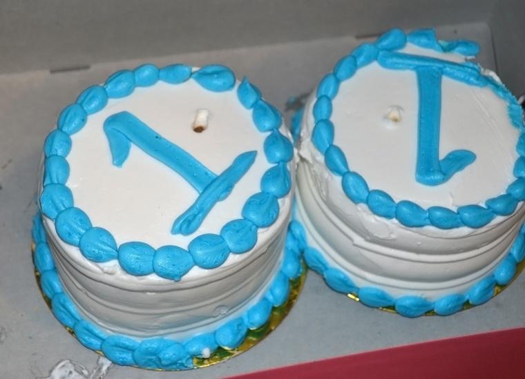 birthday smash cakes