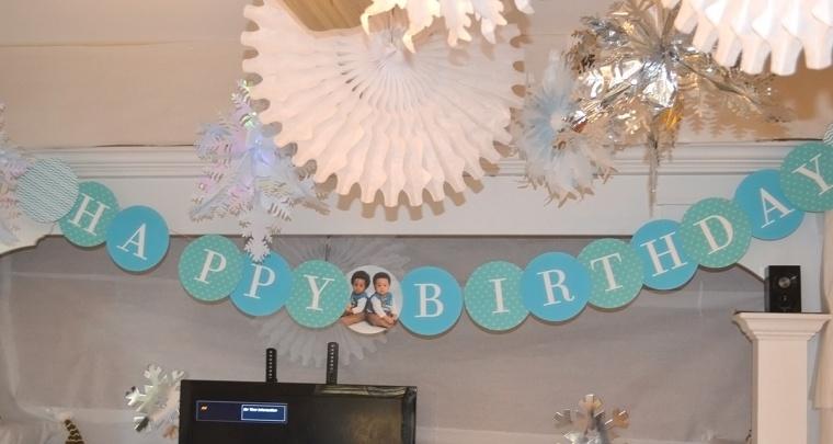 blue birthday banner sign