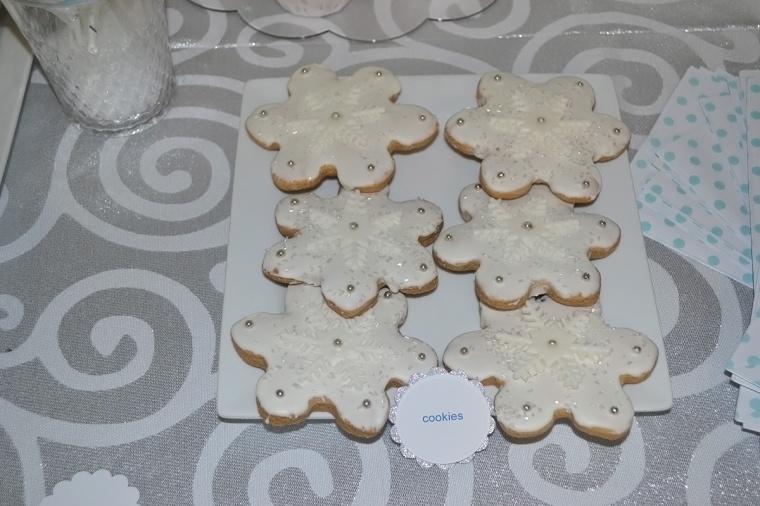 winter birthday snowflake cookies