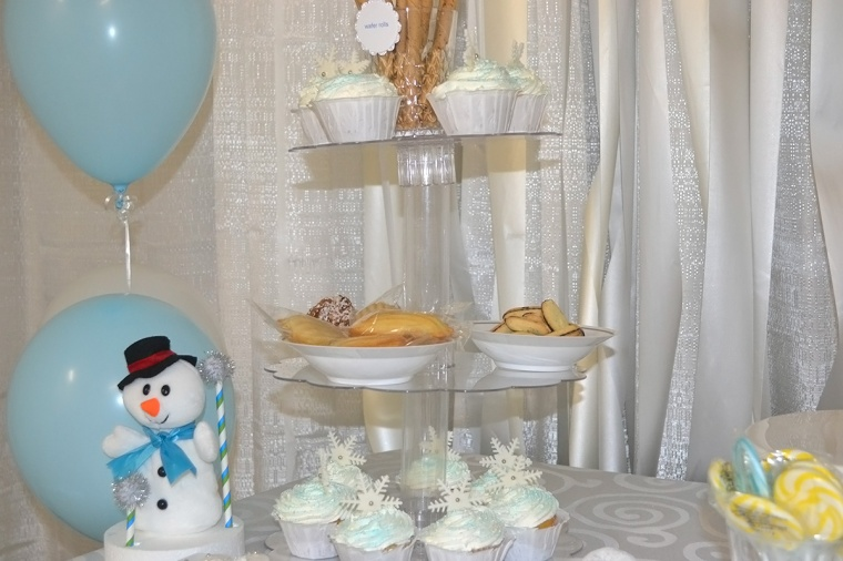 winter wonderland birthday cupcake stand