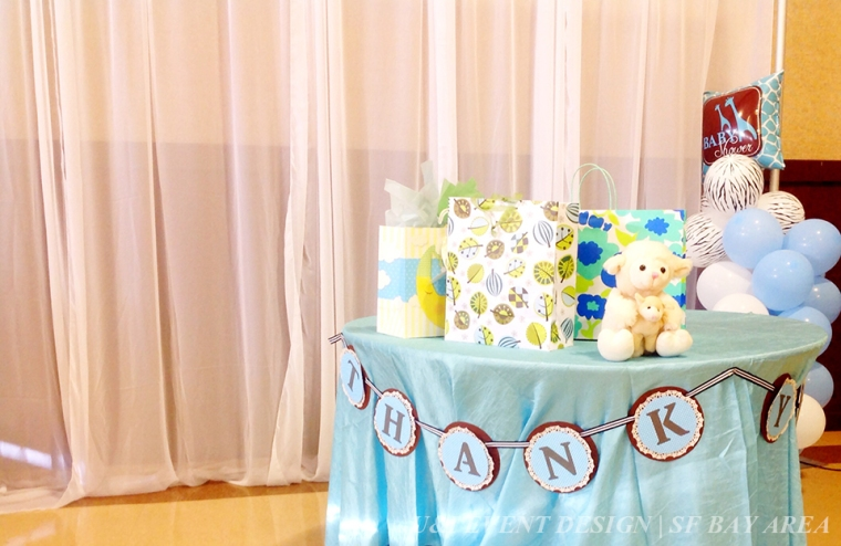 baby shower gifts table
