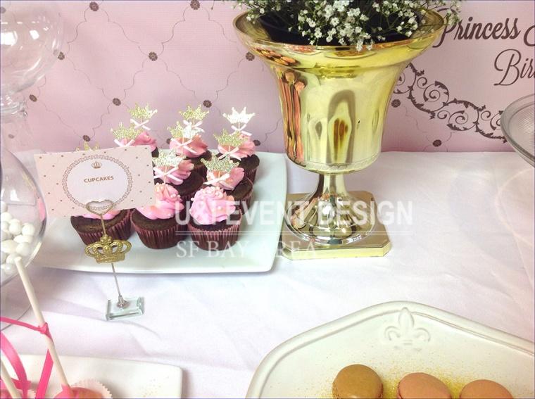 gold vase princess royal crown cupcake topper